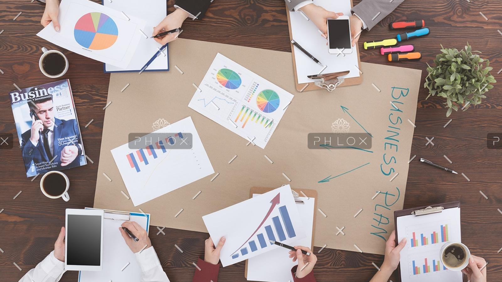 people-preparing-business-plan-PMM9WH8-1